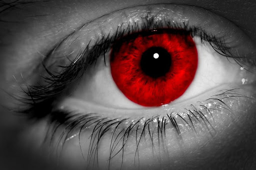 yeux rouges